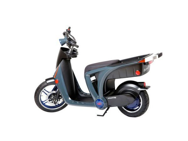 Mahindra GenZe STS Electric Scooter