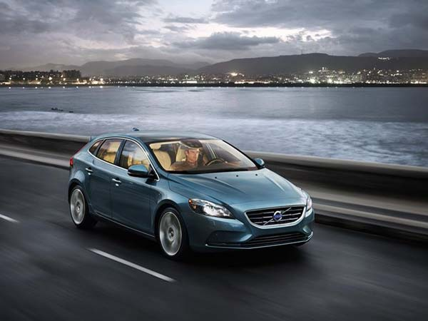 Volvo V40 Hatchback To Be Launched In India Soon