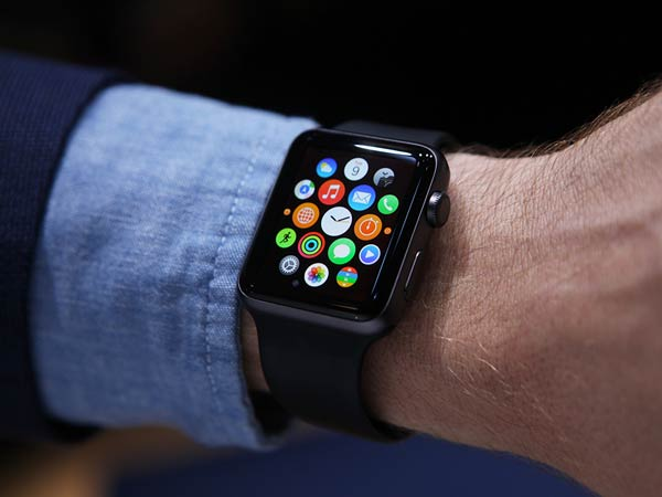 Driver Fined For Using Apple Watch While Driving
