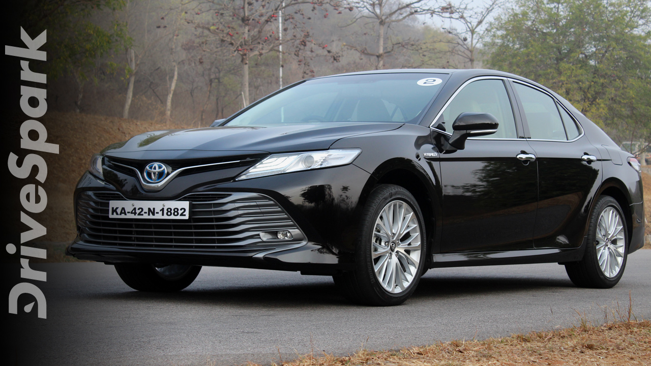 2019 Toyota Camry Hybrid Review: Specs, Performance, Features & Design  2019 ടൊയോട്ട കാമ്രി റിവ്യു